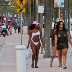 Fort-Lauderdale-Noel-2020-decorations-7260