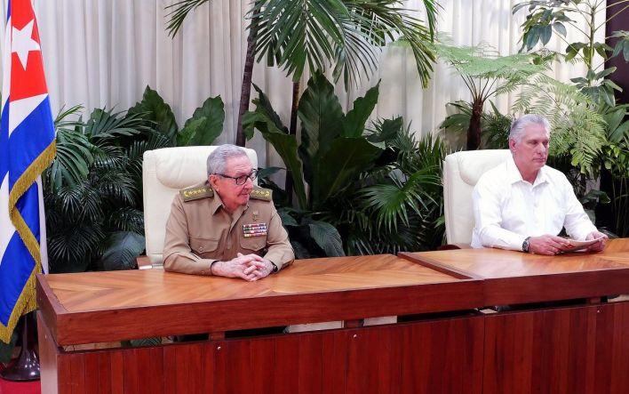 Raul Castro et Miguel Diaz Canel.