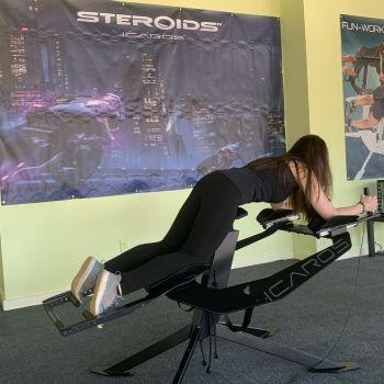 Emilie Lemoine, sur les machines de Fun Workout aux Etats-Unis