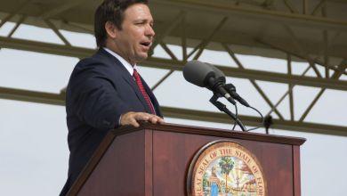 """Gouverneur DeSantis : """"Les Snowbirds et non-résidents peuvent se faire vacciner en Floride""""Gouverneur DeSantis : """"Les Snowbirds et non-résidents peuvent se faire vacciner en Floride"""""""