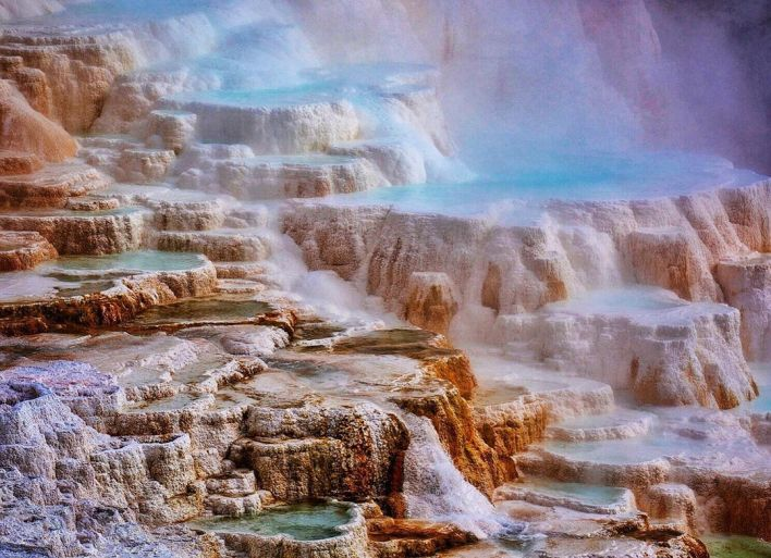 Mammoth Hot Springs de Yellowstone.