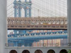 Le pont de Brooklyn et celui de Manhattan