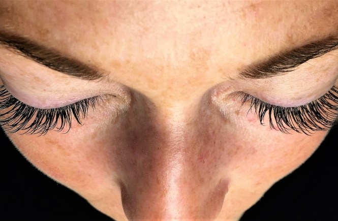 Boston's Newest Lash Bar Offers Up Luscious Lashes With a Side of