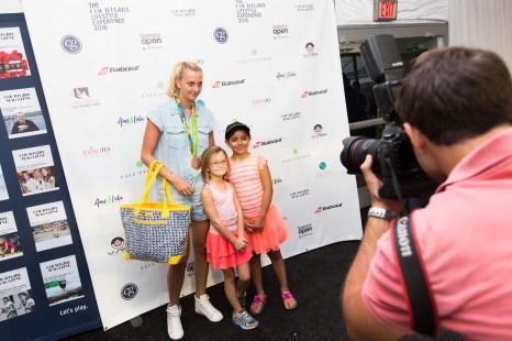 Petra Kvitova posing with fans