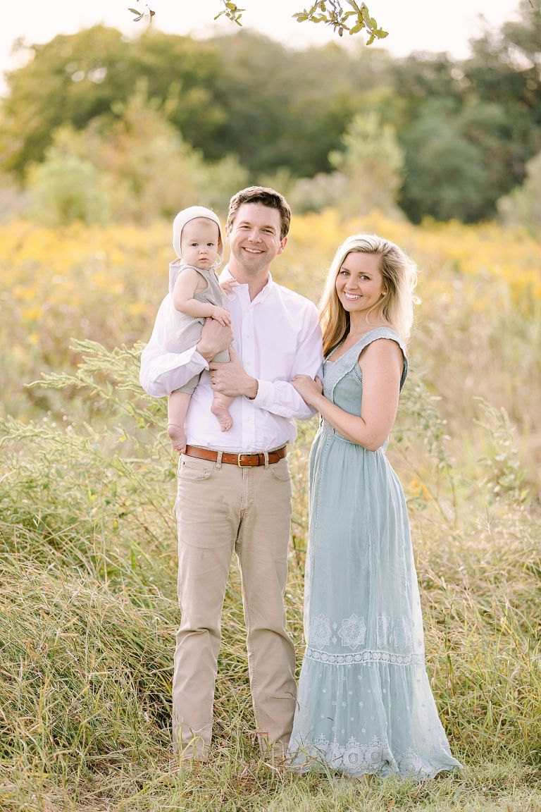 Family photoshoot at sunset with Houston Family Photographer, Courtney Griffin Photography.