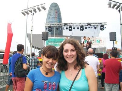 At el Nou Mercat dels Encants, meeting my host sister for the first time