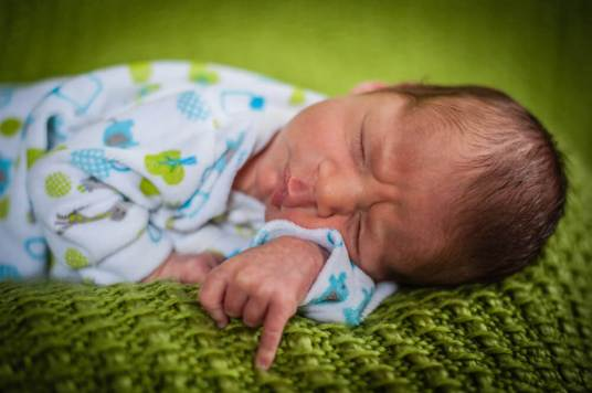 Regina Family Photographer - Jace Newborn - Favel Family - Wrinkled Face