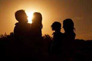 Regina Family Photographer - McCullough Family - Silhouette