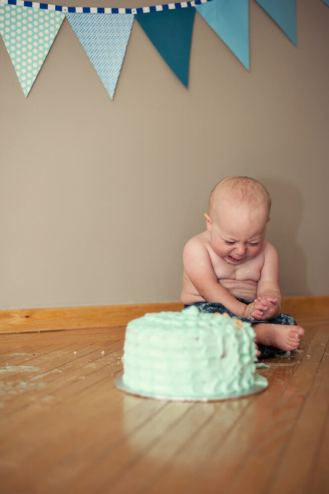 Regina Family Photographer - Astrope Family - 1 Year Birthday - Cake Smash Cry
