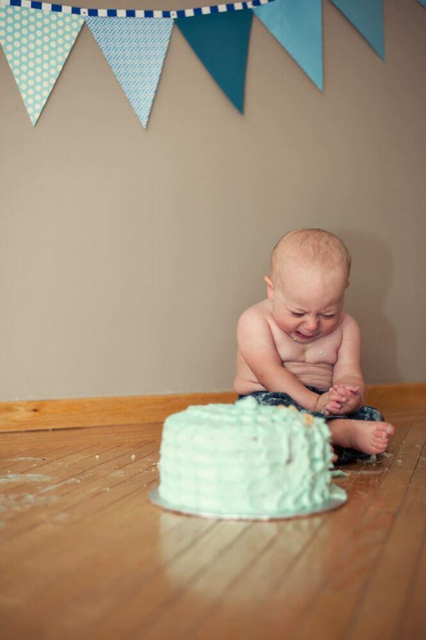 Regina Family Photographer - Astrope Family - 1 Year Birthday - Cake Smash Cry