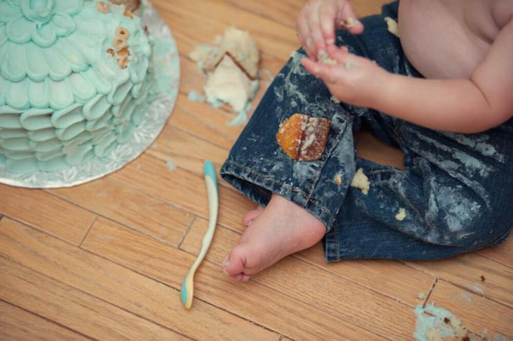 Regina Family Photographer - Astrope Family - 1 Year Birthday - Cake Smash Mess