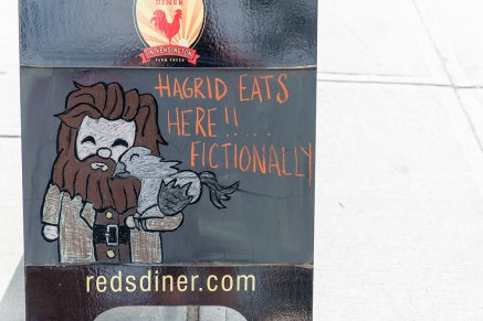 Hagrid eats at Reds Diner Kensington fictionally