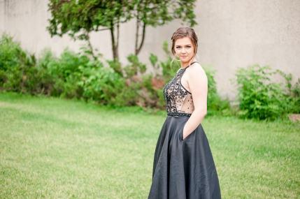 Regina Graduation Photographer - Jessica