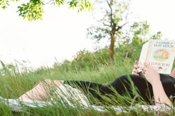Regina Maternity Photographer - Amy - Reading