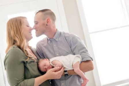 Regina Newborn Photographer - Avonlea