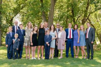 Extended family photos