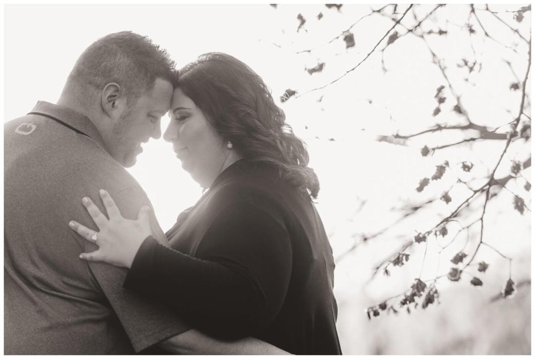 Regina Engagement Photography - Scott-Ashley - Douglas Park - Snuggle