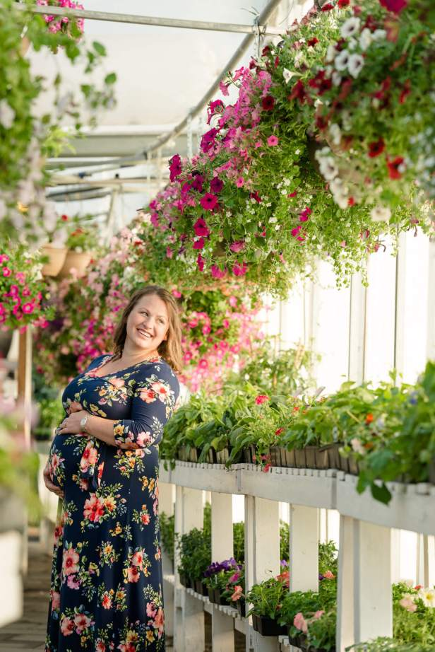 Charissa - Maternity Session at Dutch Growers - Smiling into the warm sun