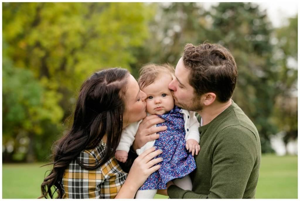 Regina Family Photographers - Popescu Family - Fall Family Session - Wascana Park