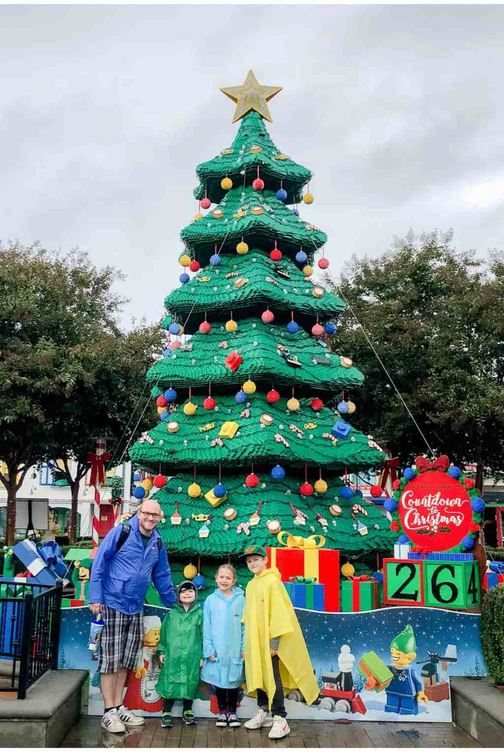 Regina Family Photography - Legoland California - Liske Family Travels - Lego Christmas Tree