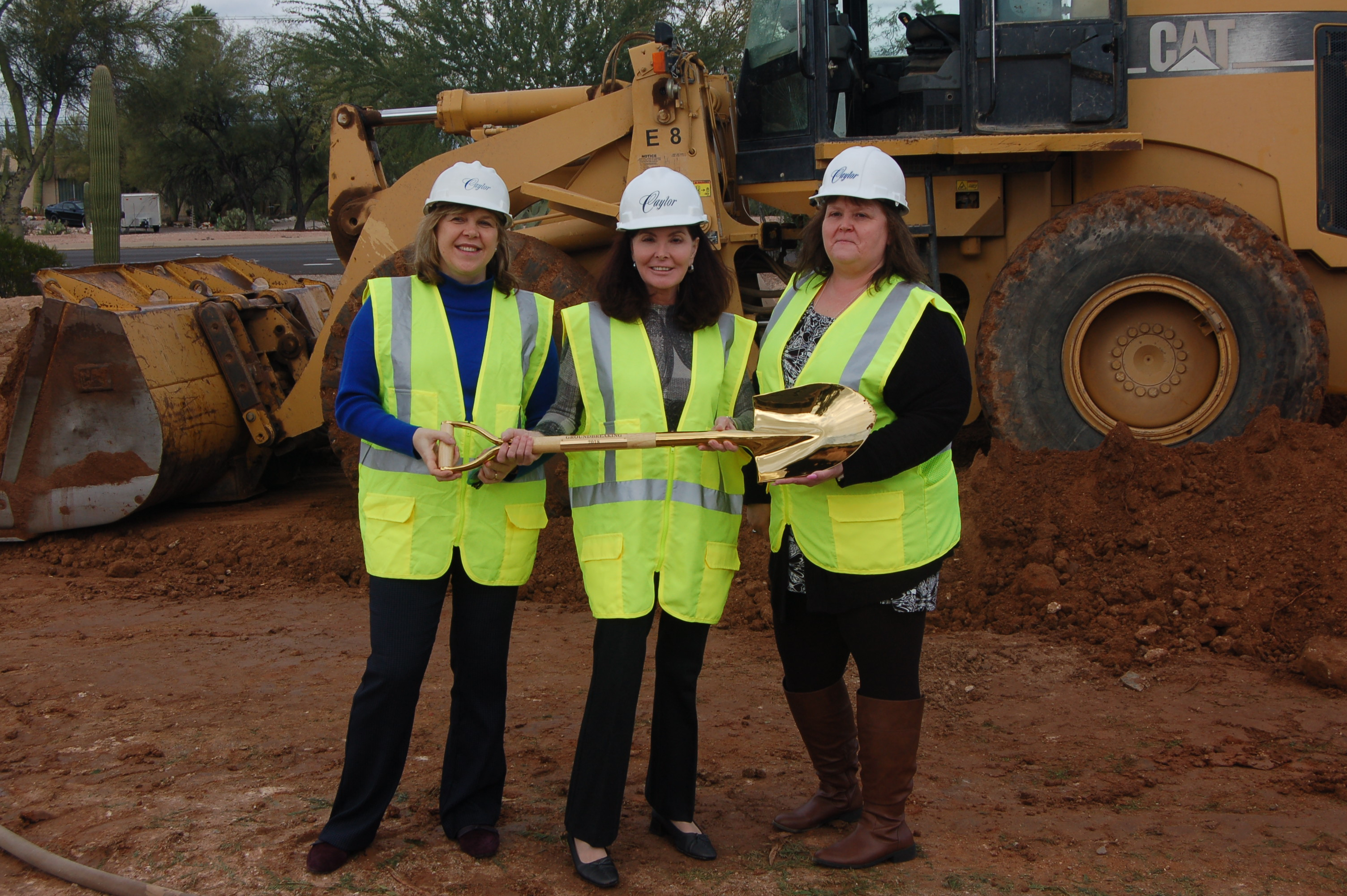 Our Nurse Practitioner, Tatsiana, Dr. Courtney, and our office manager, Denise at the new site