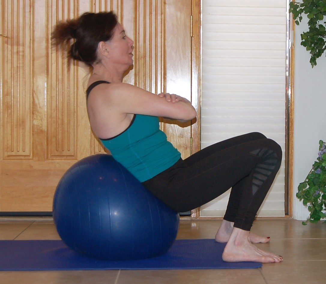 crunches on exercise ball 2