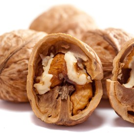 nuts and brain health