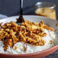 vegen thai peanut curry bowls