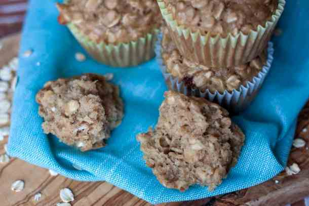 Easy Vegan Oatmeal Muffins