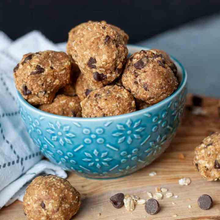 Easy Delicious Vegan Energy Balls