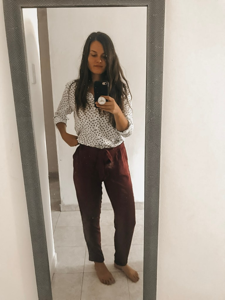 what to wear as an English teacher in Santa Marta, Colombia