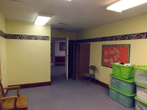 Room where the Family Promise hosts stay when at Covenant