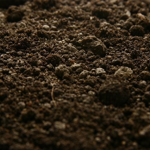 premium topsoil - 20 ton loose