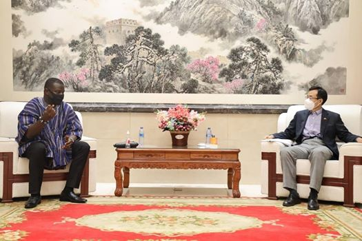 Chairman of the Parliamentary Select Committee on Foreign Affairs Hon. Frank Annoh-Dompreh and Chinese Ambassador to Ghana