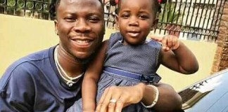 Stonebwoy and his daughter