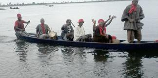 The people of Tongu crossing the Volta lake at Sogakope