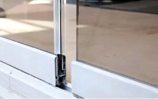 Closeup of frameless glass interlocking channels
