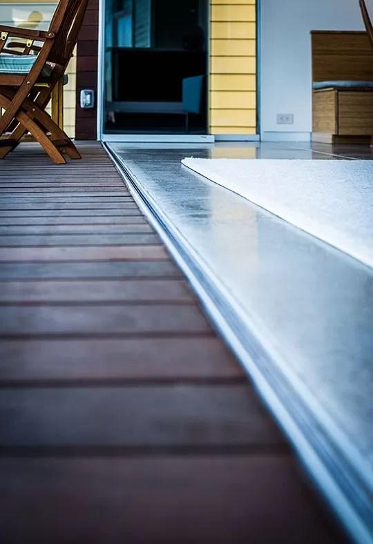 Frameless Glass Door Seamless Track