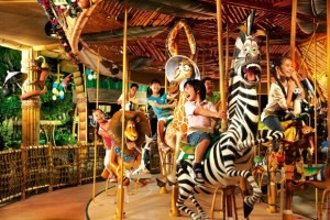 King Julien's Beach Party Go Around