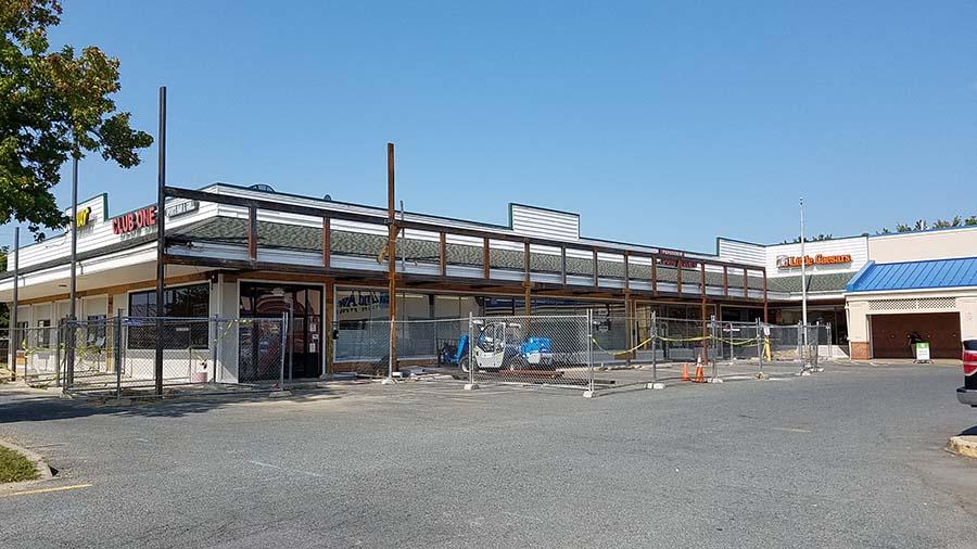 Woodlawn Shopping Center construction
