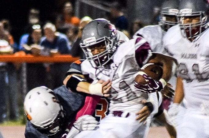Jordyn Reid running the ball