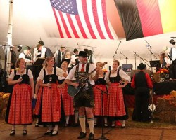 Oktoberfest dancers in costume