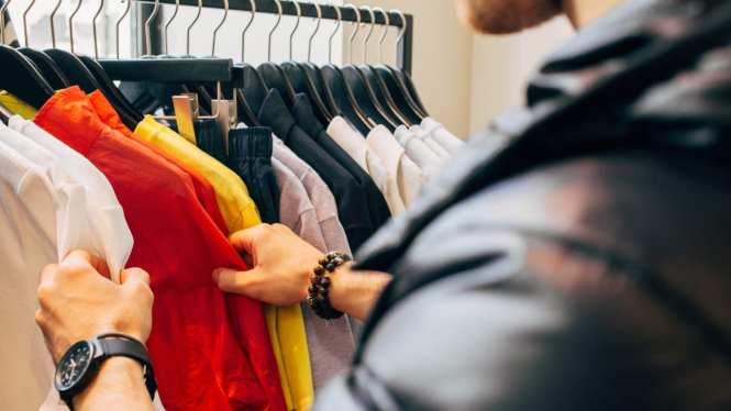 Retail Clothing Sales Associate Resume Sample