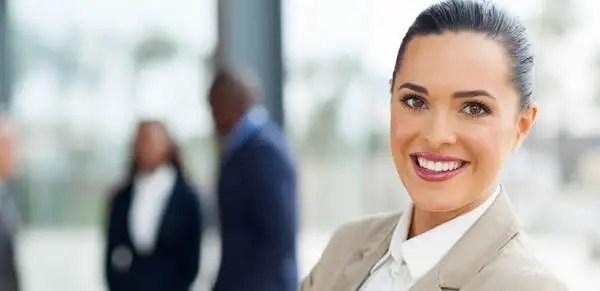 Senior Customer Service Representative Resume Sample Banner