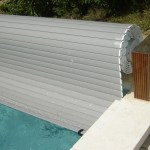 Stores protection de piscine