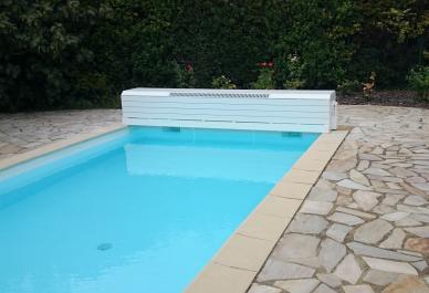 volet pour piscine hors sol version banc alimentation solaire