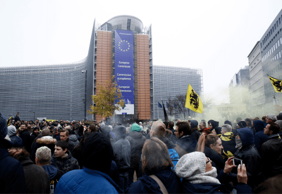 https://i0.wp.com/covertactionmagazine.com/wp-content/uploads/2019/05/protesters-belgium.png?resize=560%2C385&ssl=1