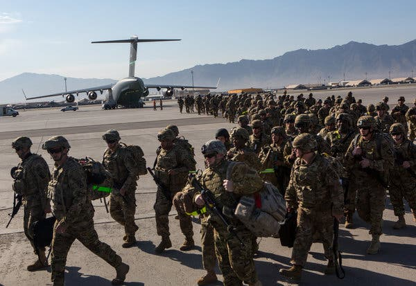 American soldiers from the 101st Airborne Division at Bagram Air Base in 2013.