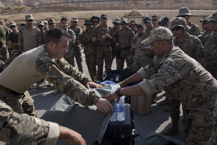Special Tactics AFE builds pallets with Jordanian, Lebanese special forces during Eager Lion 2019