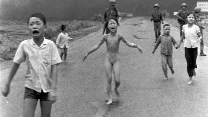 Kim Phuc, la chica del napalm: 'El amor es más poderoso que cualquier arma'